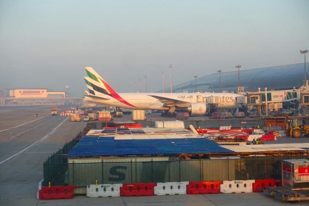 ドバイ空港A380コンコース